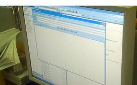 Наиболее популярным форматом онлайн-общения остается электронная почта