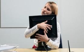 В Зеленогорске сотрудницей банка было похищено полмиллиона рублей из-за интернет знакомого
