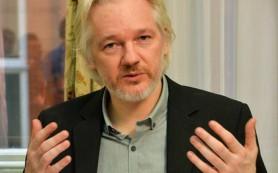 Ассанж обвинил Google в шпионаже