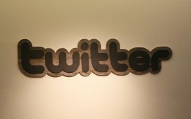 Twitter сократил убыток в четыре раза за квартал