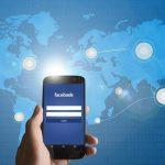 Facebook объединил Apple App Store и Google Play