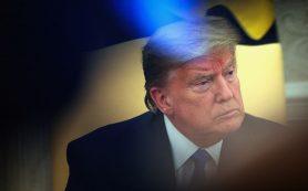 Блокировка аккаунтов Трампа в Facebook продлится два года