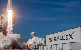 Space X будет показывать рекламу в космосе